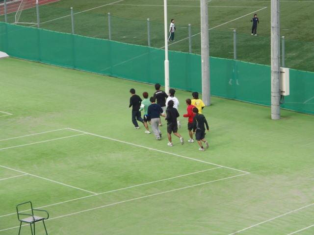 大学テニス部