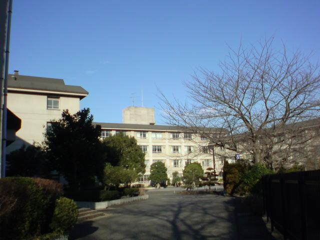 綾瀬西高校
