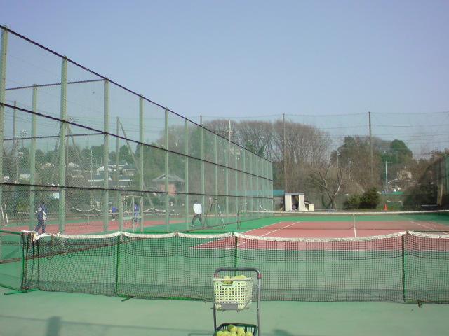 綾瀬西高校 テニスコート
